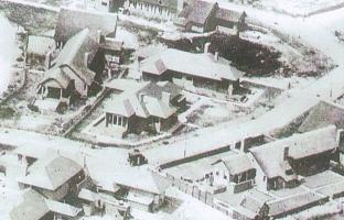 Landhuis-leigedekt - 1 Wijkschelaan 1 I 2 Wijkschelaan 3 (1928)