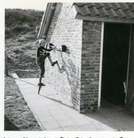 1954 achter in de tuin Kijkduin (4)